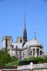 Notre Dam - gereja yang paling besar