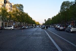 Kat tengah2 Champs Elysees
