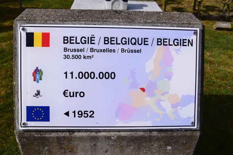 Euro 201504 102 (Large)